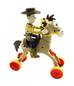 Boneco-Woody-e-Cavalo-Bala-no-Alvo-Galopantes---Toy-Story---Toyng